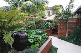 Tropical Home Decorations Garden Ideas Tropical Gardens On Pinterest Landscape Small Loversiq
