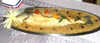 cuisiner un saumon entier daniel lavergne un saumon au court bouillon