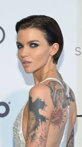 how to get ruby rose haircut get shorty the haircut hollywood loves 9style