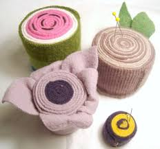 rolled wool pin cushions tutorial