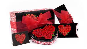 complimentary gift wrap brighton collectibles