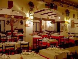 El Patio Resturant Location B U0026b Rainbow Ciampino Italy