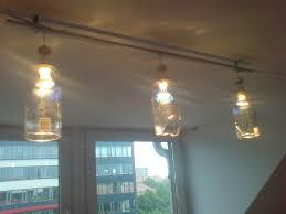 Wohnzimmerlampe Bauen Lampe Aus Flaschen Bauen Latest Aus Zwei Wird Eine Ganze Lampe