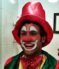 where can i rent a clown for a birthday party clowns for hire in manchester kids clowns manchester