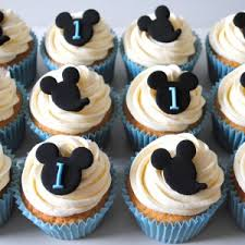 mickey mouse cupcakes miss cupcakes archive mickey mouse birthday cupcakes 12