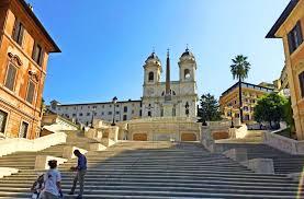 spanische treppe in rom spanische treppe wiedereröffnet roms touristen speisesaal