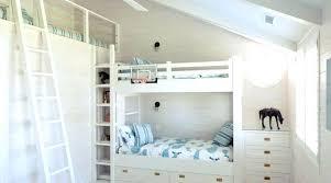 chambre avec lit superposé chambre avec lit mezzanine 2 places plan lit mezzanine