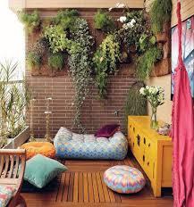 Garden In Balcony Ideas 35 Small Balcony Gardens Home Design And Interior