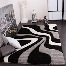 schwarz weiß lila wohnzimmer