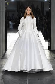 robe de mariã e hiver 12 robes de mariée haute couture époustouflantes pour l automne