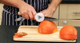 comment cuisiner le potimarron astuce cuisine comment couper un potimarron vidéo