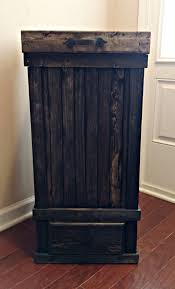 Kitchen Cabinet Garbage Drawer Best 20 Farmhouse Kitchen Trash Cans Ideas On Pinterest Rustic