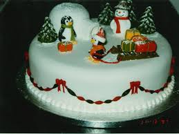 Christmas Cake Decoration Ideas Uk Novelty Penguin And Igloo Christmas Cake Susie U0027s Cakes