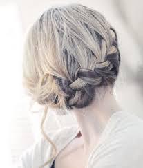 Frisuren Schulterlanges Haar Flechten by Die Besten 25 Dirndl Frisuren Kurze Haare Ideen Auf