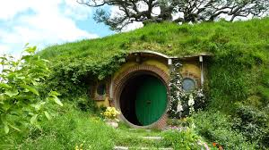 new hobbit house lord of the rings 22 on small home decor