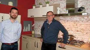 cuisinistes brest le cuisiniste christian pinsard s installe rue de brest