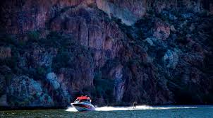 Houseboat Rentals Los Angeles Mesa U0027s Canyon Carved Waterways Your Destination For Summer Water