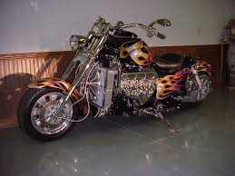 motorcycle with corvette engine hoss motorcycle with a corvette 350 v8 cool minus the