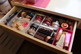 Ikea Micke Desk Makeup Sam Schuerman My Makeup Storage Collection