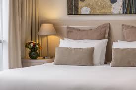 Studio Bedroom Apartments Oaks On Lonsdale Melbourne Hotel Apartments