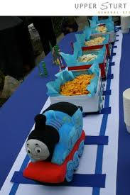 thomas the tank engine table top 10 best thomas friends birthday party images on pinterest thomas