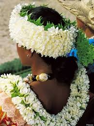 What Is The Meaning Of Drape In Honor Of Lei Day Everything You Never Knew About Leis Huffpost