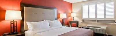 London Hotel With Jacuzzi In Bedroom Holiday Inn Hotel U0026 Suites St Catharines Conf Ctr Hotel By Ihg