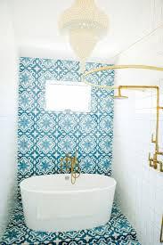 bathrooms with subway tile ideas 45 cool bathroom shower subway tile decorating ideas livinking com