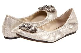 vera wang wedding shoes chic flat shoes uses silver color and brooch accessories with flat
