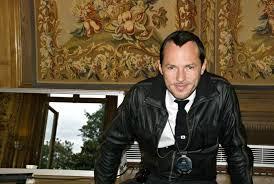 alexandre de betak backstage after the john galliano mens s s 2012