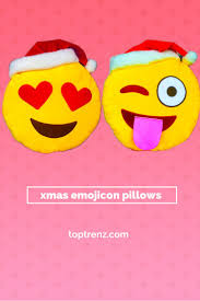 friends emoji 62 best emoji christmas curriculum ideas images on pinterest