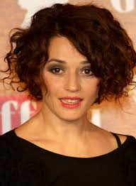 top behind the ears bob hairstyles 50 messy short bob hairstyle to make you look uber chic