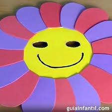 como hacer mascaras en forma de rosa disfraces caseros hacer una mascara de flor para los niños