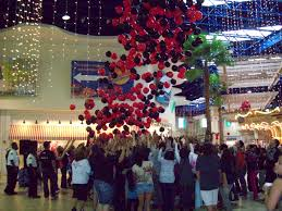 fifth annual black friday balloon drop at southland mall