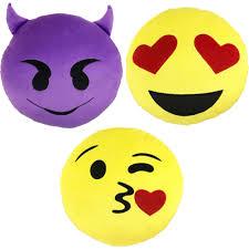 Comforter At Walmart Emoji Comforter Set Bundle With 3 Pk Emoji Pillows Or Emoji Back