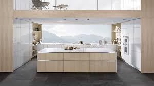 cuisine scandinave cuisine blanche et bois clair trendy bois clair fa ade blanche et