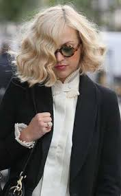 Blunt Cut Bob Hairstyle Blunt Curly Bob At Giles Spring 2013 Hair Color Styles Etc