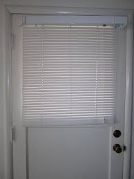 26 good and useful ideas for front door blinds interior design