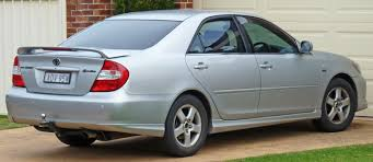 2004 toyota camry reviews silver 2004 toyota camry review from back best car to buy