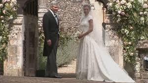 pippa middleton looked identical to kate on her wedding day buzz ie