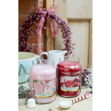 yankee candle snowflake cookie large jar candle from aroma