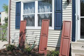 How To Give Your House Curb Appeal - easy shutter makeover improving curb appeal hometalk