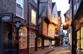 hotels in uk find the best uk hotels at laterooms