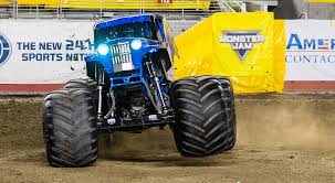 monster trucks crashing videos results monster jam