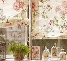 chambre fleurie déco romantique douce et fleurie lilierose déco déco cosy