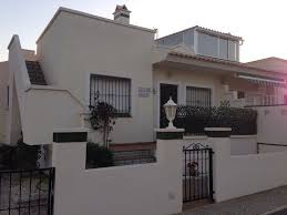 s8087 bungalow 20 mins walk to the beach and close to all