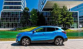 crossover cars 2017 nissan qashqai 2017 review veteran crossover is better than ever