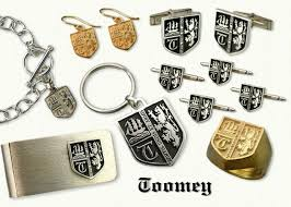 family crest rings crest jewelry affordable custom jewelry by