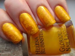 different shades of yellow on your nails for crazy summer nail