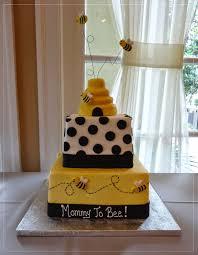 best 25 bumble bee cake ideas on pinterest bee cakes bee